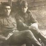 Выпуск 1965. Курсант В.Шелковников (справа) с приятелем.