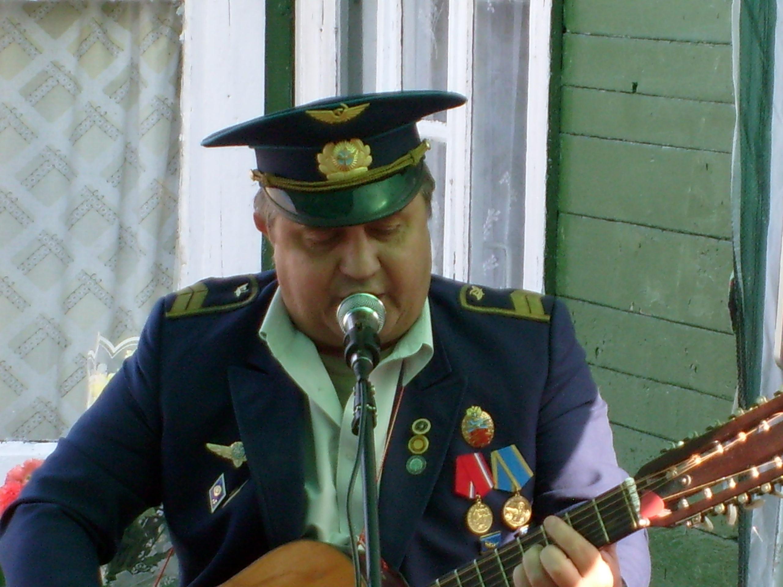 В.Бродулёв автор песни: Я воздушный диспетчер, я знаю!