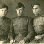 1942 г. Справа - Веселов Н.А.