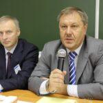 А.Ю.Южаков (слева) финал конкурса профмастерства 2012