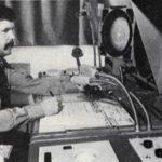 Рабочее место диспетчера ДПП Минского аэропорта конца 60-х начала 70-х годов ХХ века, за диспетчерским пультом диспетчер УВД Кузьменков Н.М.
