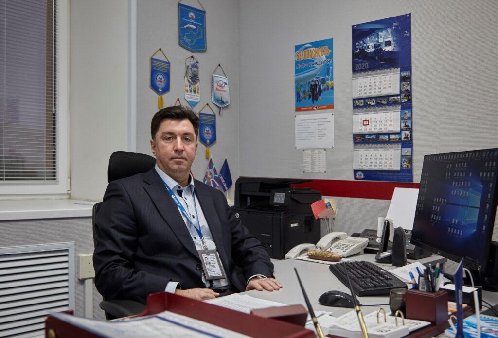 Заместитель начальника центра-начальник службы движения Соколов И.Д.